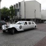 PHOTOS LITUANIE voiture de mariés